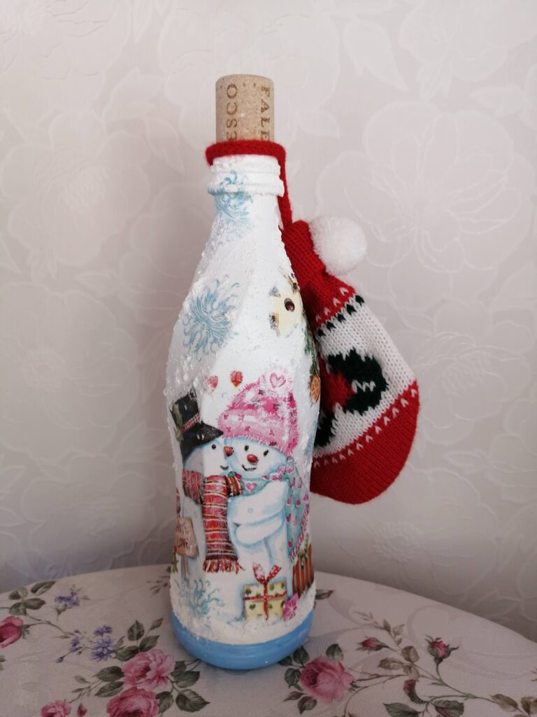 バレンタインデーイベント企画❣️(プラスチックボトルデコパージュ!)    参加後 写真プレゼント🎁致します🤗